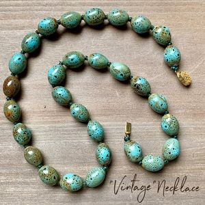 Vintage faux Chinese turquoise necklace